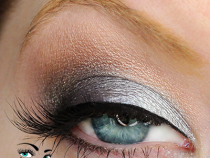 Too Faced Pretty Rebel Palette Looks