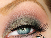 Eye of the Day: A New Way to Wear MAC Greensmoke