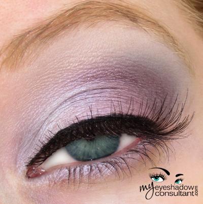 Spotlight On Mac Digit My Eyeshadow Consultant